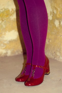 magenta tights red heels by 14 shades of grey