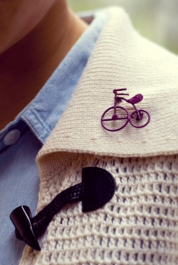 hambray shirt white sweater bicycle brooch by 14 shades of grey