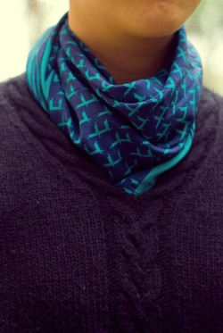 black sweater teal scarf by 14 shades of grey