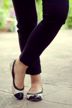 black pants cap-toe flats by 14 shades of grey