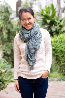 white sweater green scarf blue jeans by 14 shades of grey