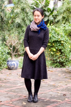 black wool dress chelsea boots star and stripe scarf by 14 shades of grey