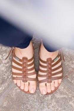 blue print shirt navy pants brown sandals by 14 shades of grey