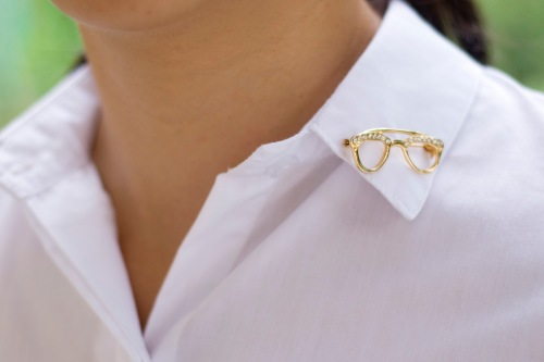 white button-up eyeglass brooch by 14 shades of grey